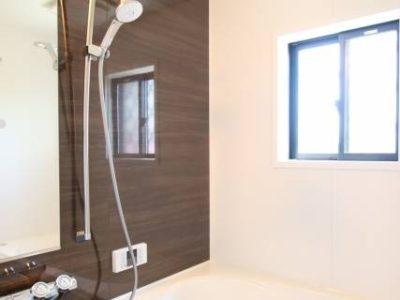 寒い冬場の浴室に安全と快適を! 浴室暖房乾燥機