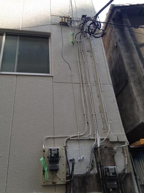 幹線ケーブル張替え工事 東京都港区 – Light Up(ライトアップ)